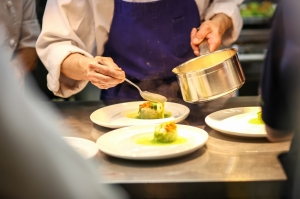 料理で選ぶならレストランウェディング