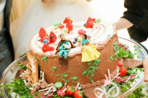 かわいすぎる♡白雪姫のウェディングケーキ!